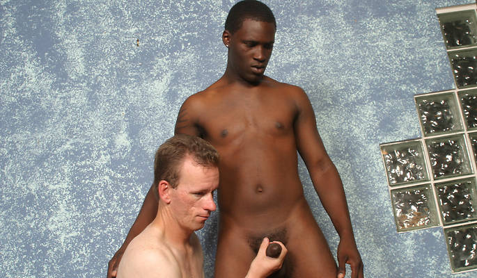 Gloryholes and Handjobs – Jeremy Woods, Tyrese
