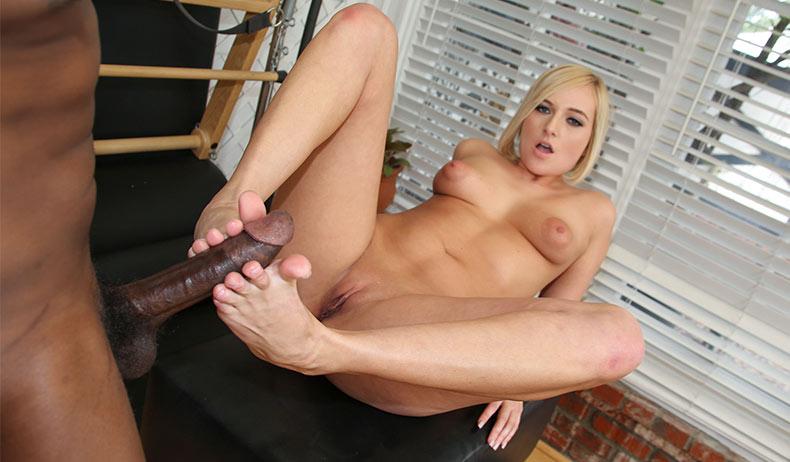 Kate England - סרטי סקס