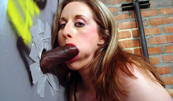 Kitty Lee amateur girls video from Glory Hole