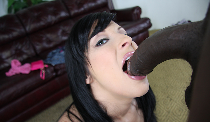 Chelsie Rae interracial sex video from Interracial Pickups
